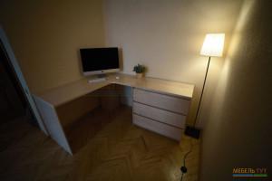 stol-uglovoj-150415-1
