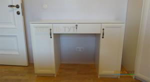 stolik-v-spalnu1