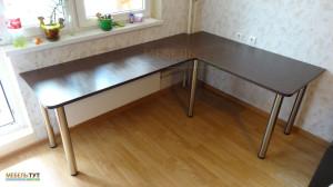 uglovoi-stol-300615-1